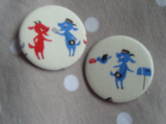 Goat Postmen (Lilies and Daisies) Tags: magnets badges compactmirrors