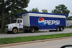 Pepsi Delivery (Cragin Spring) Tags: blue wisconsin truck midwest cola pop semi delivery pepsi soda pepsicola deliverytruck sodatruck