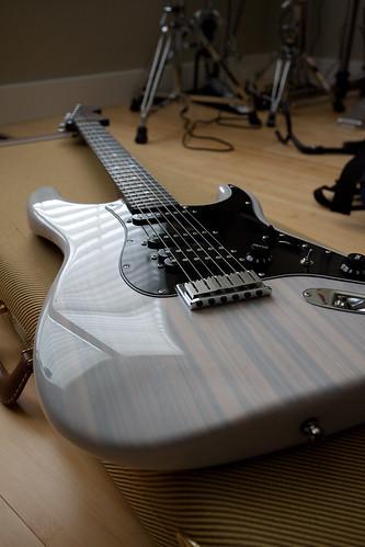Jazz Bass 5 - Luthier Raphael Guzzardi 4846635280_e08737427d