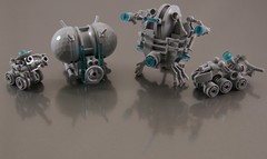 Bots, droids, drones .... thingies (Bart De Dobbelaer) Tags: lego space droid bot prometheus drone