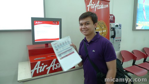 Winston and the AirAsia Mobile Kiosk