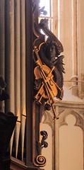 Diest, Vlaams-Brabant, St.-Sulpitiuskerk, organ case, detail (groenling) Tags: wood angel belgium belgi trumpet flute carving case organ violin be engel recorder hobo brabant oboe faade hout woodcarving orgel flanders viool vlaanderen trompet fluit diest vlaamsbrabant shawm blokfluit snijwerk schalmeij mmiia orgelkast stsulpitiuskerk
