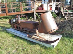 Ancient Snow Machine (Travis S.) Tags: old alaska ancient rusty east rusted snowmobile tok polaris snowmachine muklukland