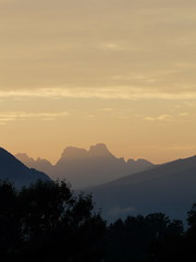 tramonto (andrea.prave) Tags: sunset mountain berg montagne atardecer zonsondergang tramonto sonnenuntergang mount prdosol montaa  montagna  montanha trentino dolomiti bolzano altoadige solnedgang solnedgng da puestadelsol   coucherdusoleil    cavalese  fjellet   carano