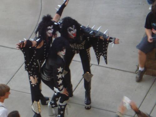 09/04/10 Kiss Fans @ MN State Fair 006