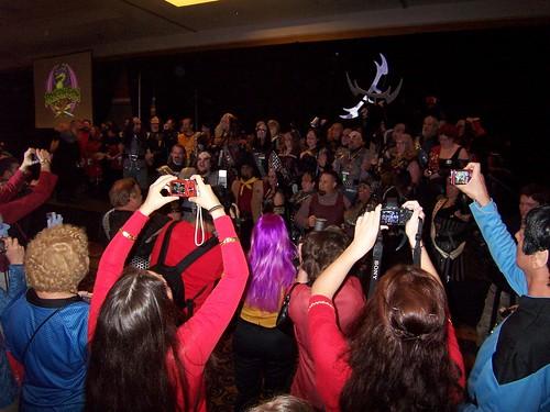 DragonCon2010-klingons_celebrate_victory