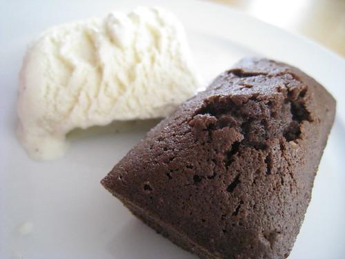 Petit gateau chocolat noisette 01