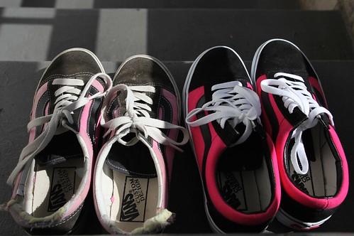 hot pink vans pair 4