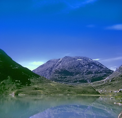 Jotunheimen Reflections