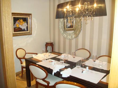 Salón reservado para ocho personas