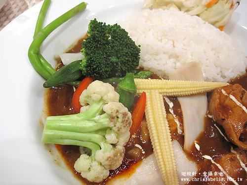 東京咖哩蔬菜仔細看