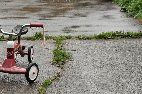 Wet radio flyer