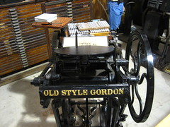 Gordon Press (firexbrat) Tags: shadow holiday price ink vintage paper print midwest iron oldstyle power cut antique stock fair newyear iowa steam gordon printing type letterpress press chandler cutter mtpleasant heidleberg guillotine shear woodtype twocolor treadle vandercook greatnorthern proofpress leadtype printershall