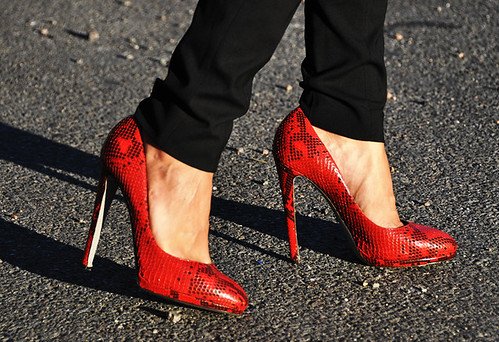 jak and jil, red shoes, fashion, fabulous, womens footwear, heels, fabulous, beautiful, lady in red