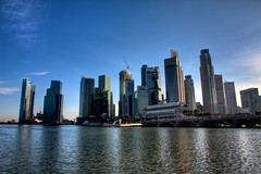 Singapore Marina (One_Penny) Tags: city blue sea sky water fountain skyline skyscraper marina bay town singapore asia asien southeastasia icon hdr merlion scultpure photomatix singaporemarinabay