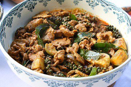 Curry rouge de porc et poivre vert