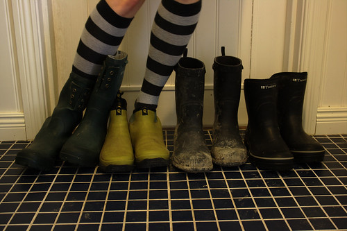 green socks rubberboots ufraw magicalgreenshoes