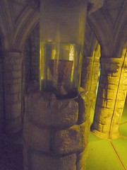golden chalice (Ambernectar 13) Tags: mirror golden afternoon saturday september maze wiltshire longleat picnik 2010 chalice mirrormaze warminster goldenchalice