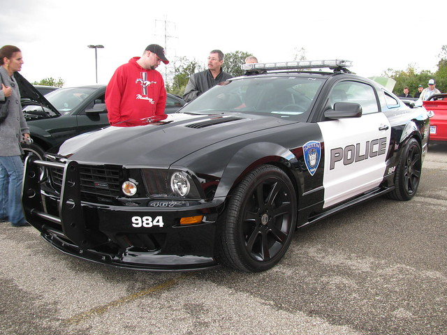 Decepticon Barricade 2005 Ford Mustang Saleen