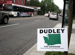 Anti-Dudley sign, SE 25th & Hawthorne, Portland, Oregon (Todd Mecklem) Tags: oregon washington politics governor dudley democrat lawnsign kulongoski chrisdudley lawnsigns repuclican