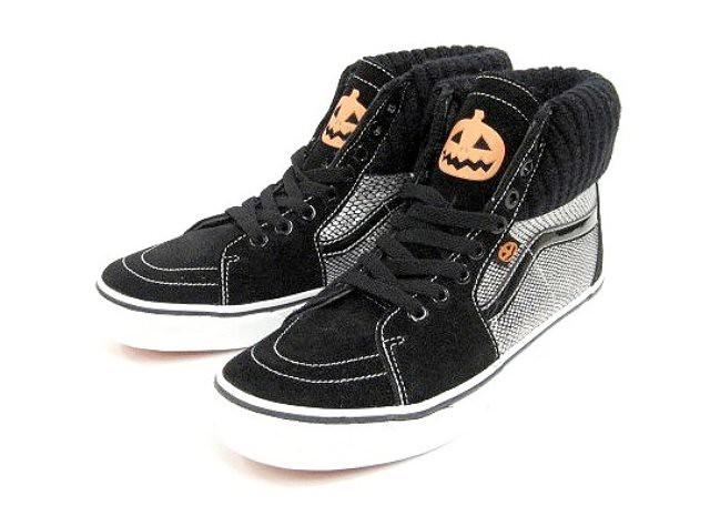vans-halloween-sneaker-pack-2010-front