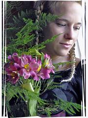 Nostalgias (-Ana Lía-) Tags: portrait woman naturaleza primavera luz argentina fleurs mujer nikon retrato saudade adolescente nostalgia ser recuerdos tarde femmes mardelplata nostalgie fotografía aprehendiz rememberthatmomentlevel1