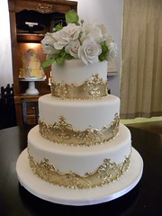 Melissa's Gold Cake (Tiffany's Baking Co.) Tags: elegantweddingcake goldweddingcake victorianweddingcake frameborderweddingcake grandbohemianashevilleweddingcake