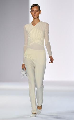 Chloe+Paris+Fashion+Week+Spring+Summer+2011+Q50eisE9X5fl
