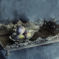 ....a table of October (nene-aneON - OFF)) Tags: soulscapes innamoramento infinestyle