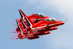 """REDS"" Arrival - Blackpool 2007 (PhoenixFlyer2008) Tags: red google team gate display neil images arrows bates arrival blackpool raf squires vixen 2007 flyby aerobatic rafat scampton"