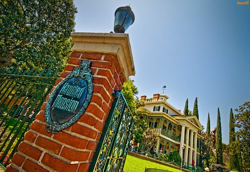 Welcome to the Haunted Mansion!