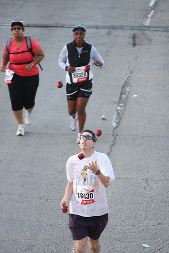 Barry Goldmeier Joggler at the 2010 Chicago Marathon