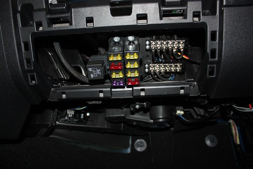 jeep jk aux fuse box wiring diagrams rh boltsoft net 2011 jeep wrangler unlimited fuse box 2012 jeep wrangler unlimited fuse box location