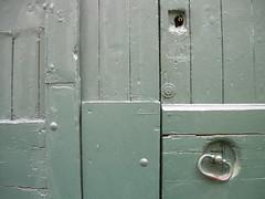 rue des marachers (MAP66) Tags: runion bagnolet portes serrures vitruve marachers
