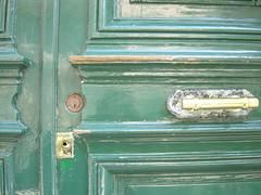 rue Vitruve (MAP66) Tags: runion bagnolet portes serrures vitruve marachers