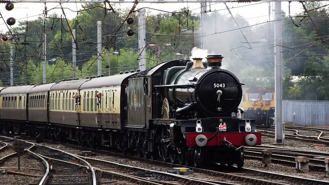 GWR Castle Class loco Earl of Mount Edgcumbe at Carlisle 01