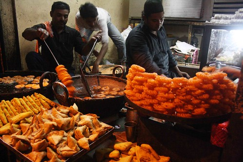 City Food - Imarti, Mehboob e Ilahi Mithai Shop