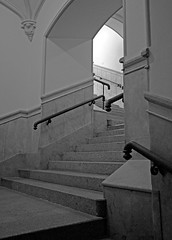 Banister, curves and angles (carlos_ar2000) Tags: shadow abstract argentina buenosaires stair arch angle perspective sombra escalera perspectiva banister curve retiro arco angulo curva asbtracto pasamano