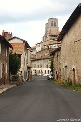 Photo d'une rue de la CHAISE DIEU, route de Paulhaguet en auvergne. (combraille) Tags: france rue auvergne 43 supershot livradois livradoisforez ruechaisedieu chaisedieux routedepaulhaguet