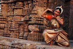 odissi 3 (Smruti Swarup Puhan) Tags: sun india festival temple photography dance nikon smoothie orissa odissi konark smruti swarup d40x puhan