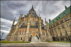 Bibliothque du Parlement | Library of Parliament (Guylaine Begin - PhotosNature) Tags: ontario canada architecture cityscape ottawa 100 parlement hdr 142 1000 gettyimages 114 centreblock paysageurbain libraryofparliament 1289 collineduparlement perliament hdrtonemapped capitalofcanada bibliothqueduparlement dificeducentre capitaleducanada perliamenthill