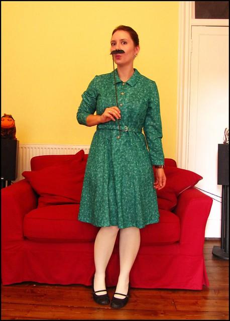 30.10.10: moustache!