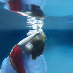 (Kathleen Wilke Photography) Tags: reflection underwater thedantecircle