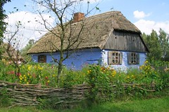 blue house (green_lover (your COMMENTS are welcome!)) Tags: house skansen fence wooden village poland folklore sierpc rural ethnographicmuseum