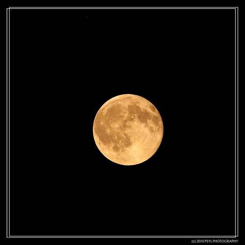 Full Moon on 2010-11-21
