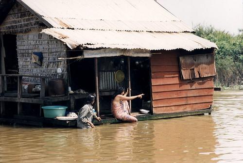 Kambodža – Tonlesap, plovoucí vesnice