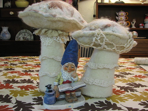 gnome with shrooms