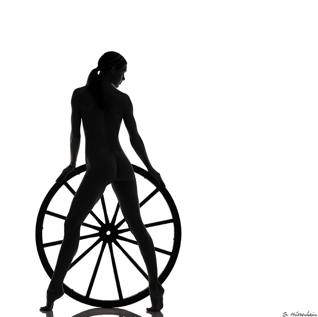 Sascha Huettenhain, Wheel of a nude
