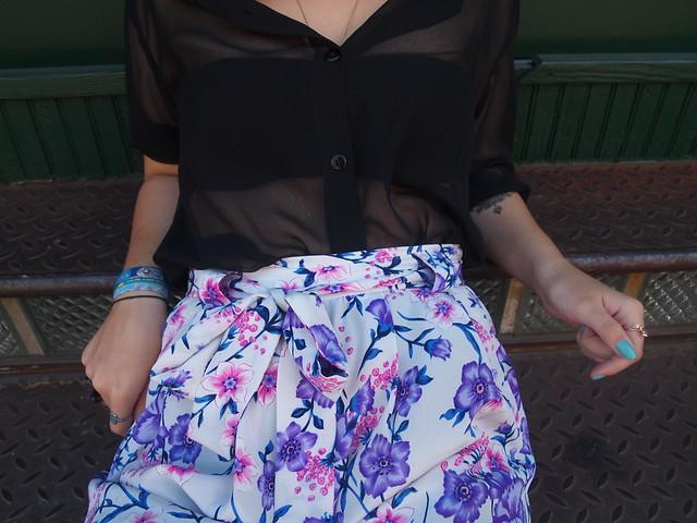 http://madamebroschkina.blogspot.com/