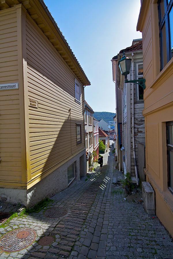 narr-street